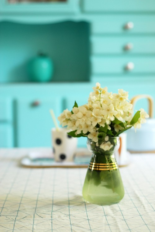 bouquet-de-seringa-vase-vintage