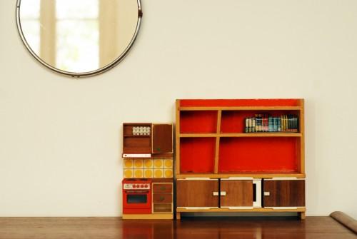 meubles-de-poupees-vintage